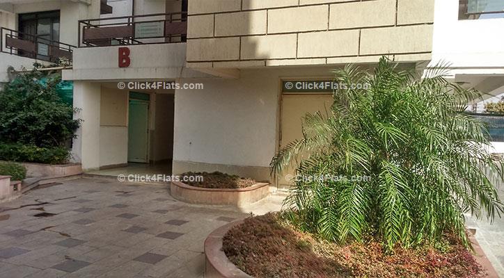 Buy Ridhiraj Residency