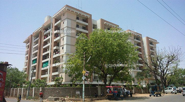 Kohinoor Garden Apartments